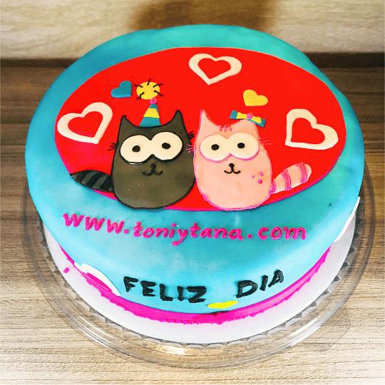 Tortas Temáticas con Logo Corporativo TONI Y TANA - Image 2