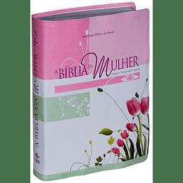 Bíblia da Mulher, tamanho grande, capa flores Leitura, Devocional, Estudo