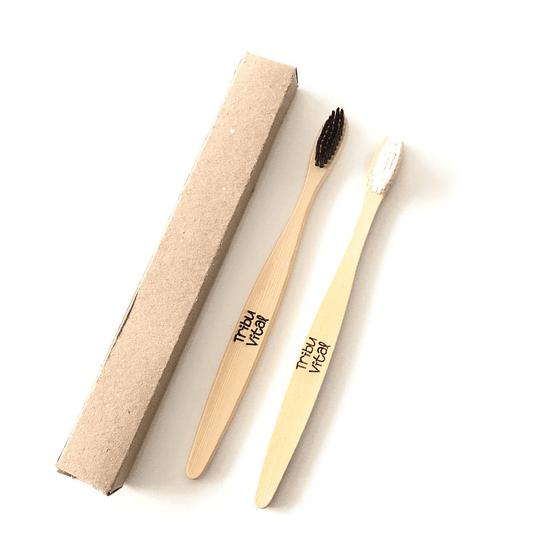 Cepillo de Dientes de Bambú BLANCO - Image 1