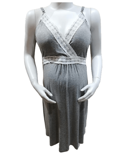 Camisa de dormir gris tiritas