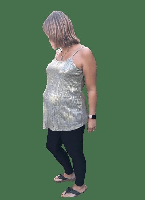 Polera formal dorada maternal