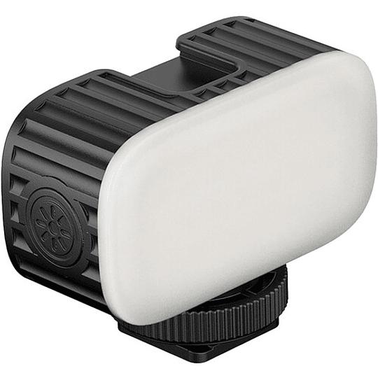 Ulanzi VL15 Super-Mini LED RGB para Cámaras y Smartphone - Image 2