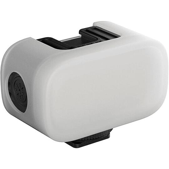 Ulanzi VL15 Super-Mini LED RGB para Cámaras y Smartphone - Image 5