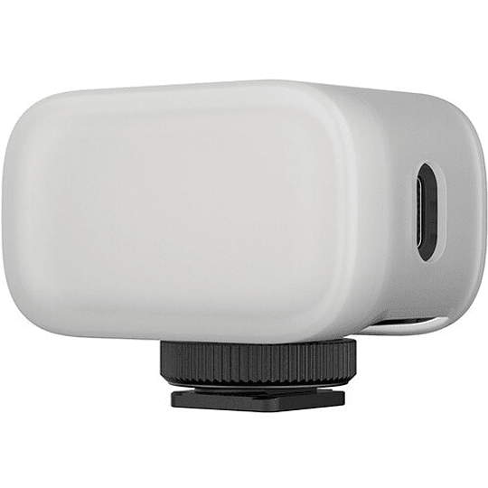 Ulanzi VL15 Super-Mini LED RGB para Cámaras y Smartphone - Image 6