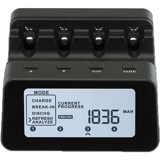 Powerex C9000Pro Cargador Analizador Profesional para 4 Pilas - Image 1
