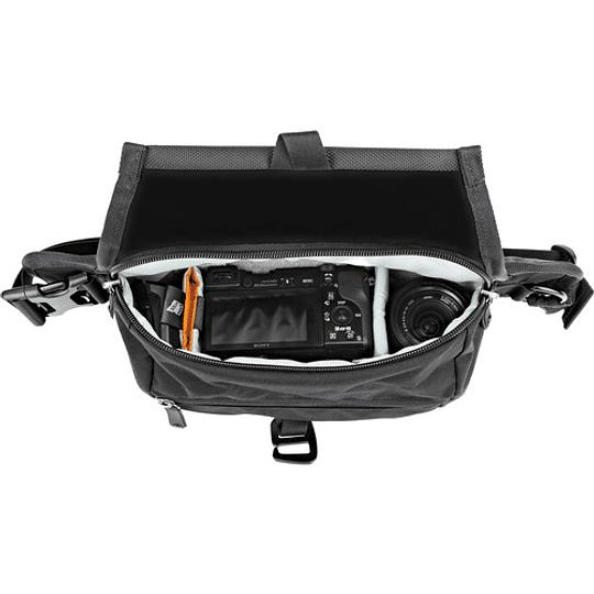 Lowepro m-Trekker HP120 Bolso de Hombro (Black, Cordura) / LP37159 - Image 3