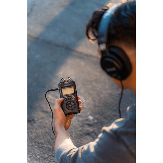 Tascam DR-40X Grabador de Audio Portátil de 4 canales - Image 7