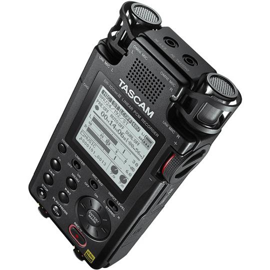 Tascam DR-100MKIII PCM Grabador de Audio Portátil de 4 Canales y 2 XLR - Image 2