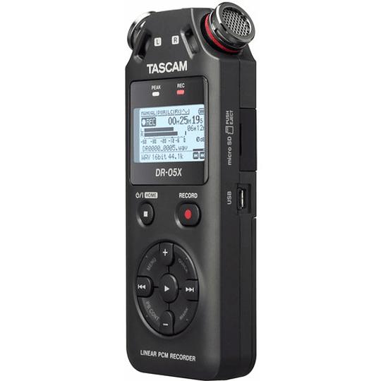 Tascam DR-05X Grabador de Audio Portátil - Image 2
