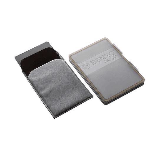 Benro MAGND8S1517 Filtro Graduado ND 0.9 Master Series Hard Edge 150x170mm  - Image 2