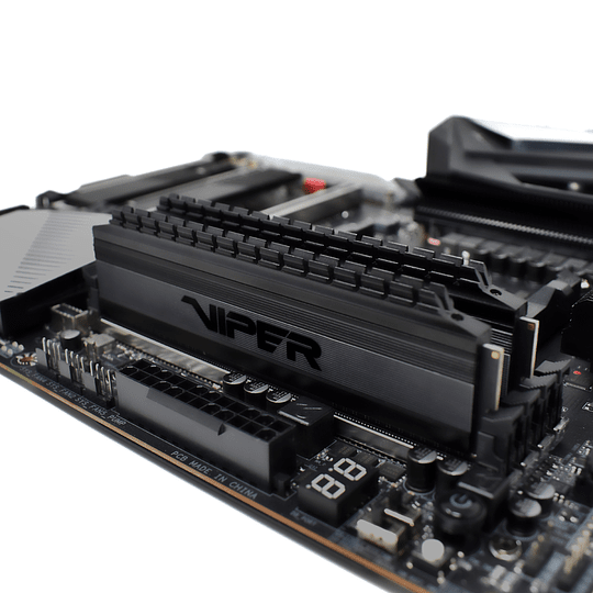 Memoria RAM Patriot Viper  4 BLACKOUT DDR4, 3200MHz, 16GB (2 x 8GB), Non-ECC, CL16, XMP Kit  - Image 6