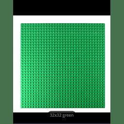 BASE PLATE GREEN 32X 32 DOOTS