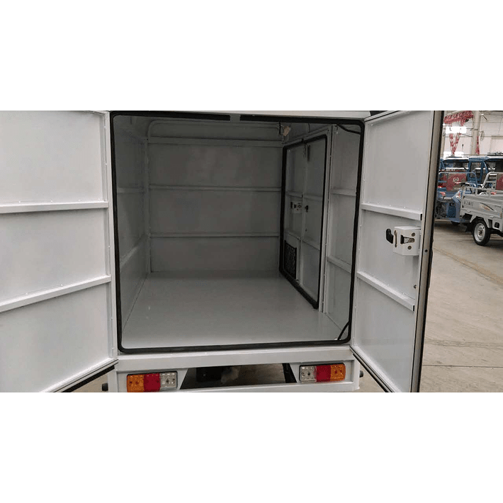 Truck R3 1.8 (120 Ah)- Image 12