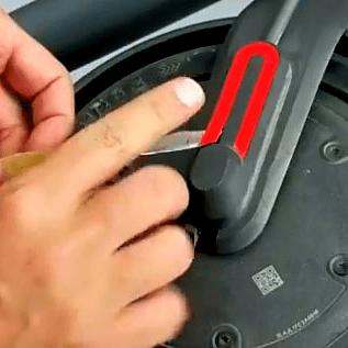 Cambiar neumático antipinchazos rueda Delantera