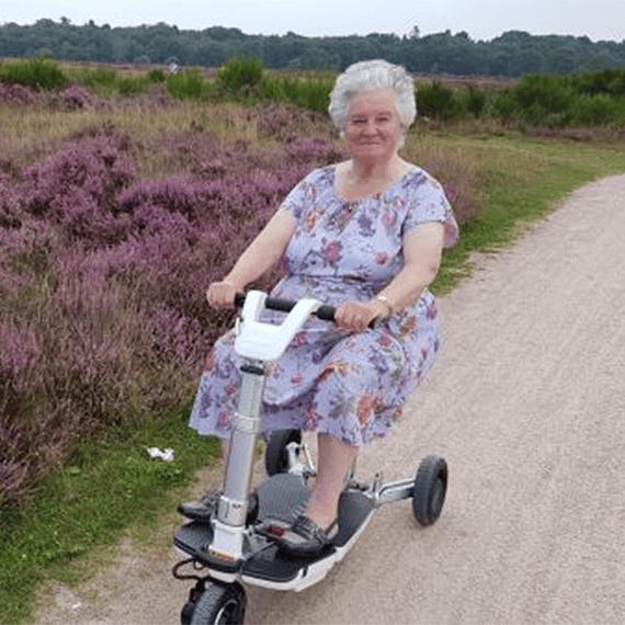 Scooter 3era Edad o Movilidad Reducida ATTO MovingLife- Image 8