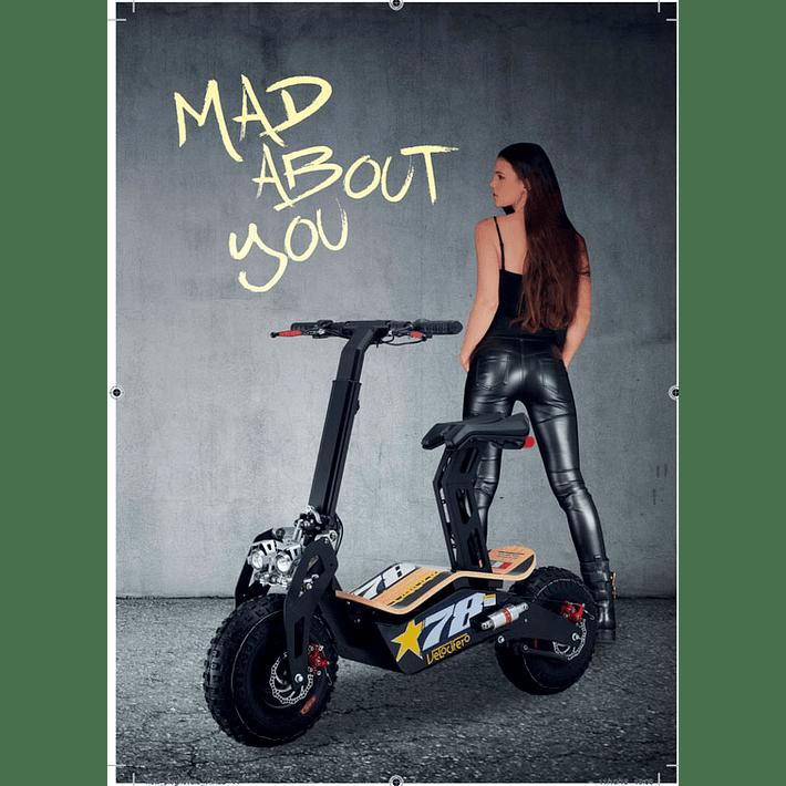 MAD 2000- Image 11