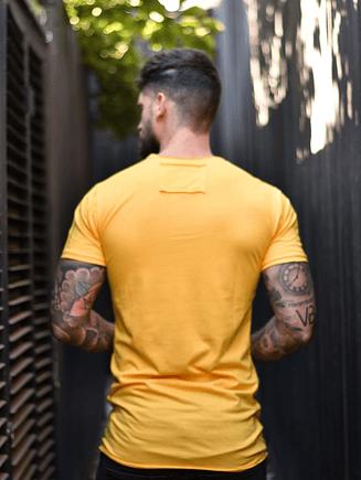 Polera Amarillo Cheddar Cuello Cerrado