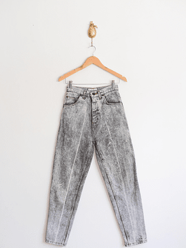 Mom jeans ribbons