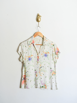Blusa spring flowers