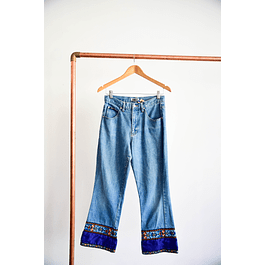 Flare mom jeans