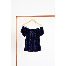 Top off shoulder velvet