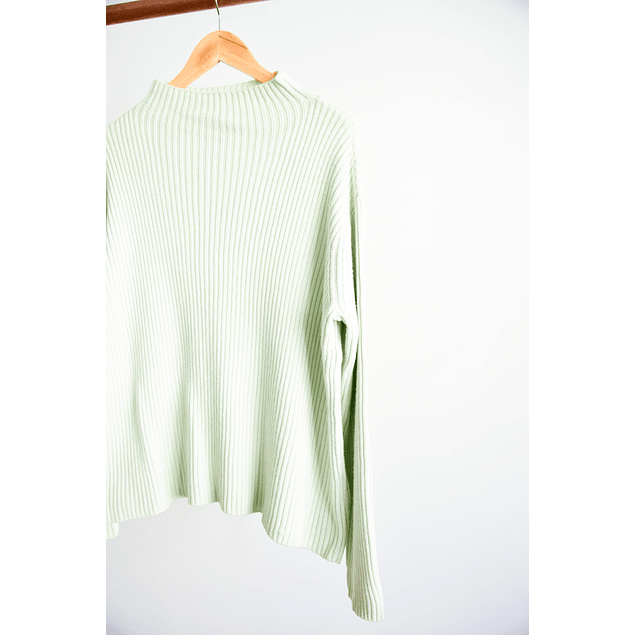 Turtleneck spectrum green
