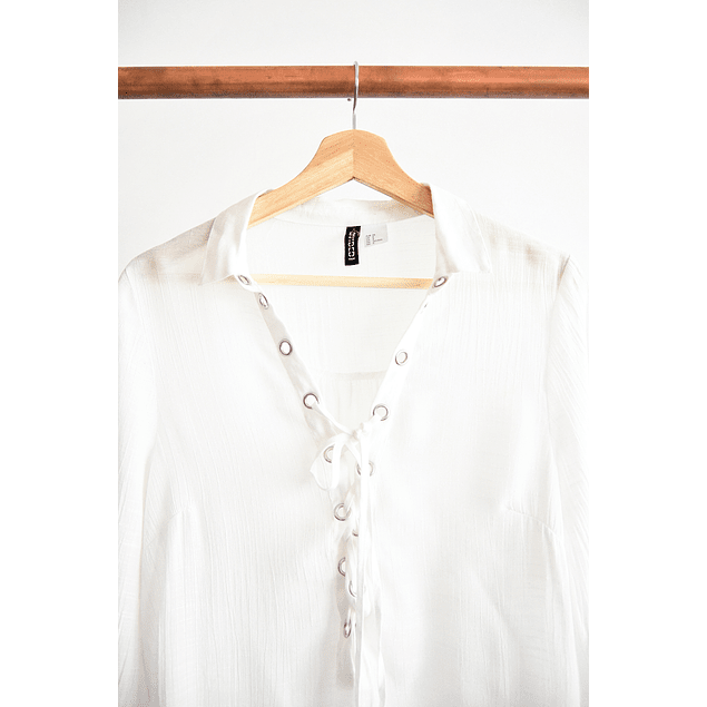 Camisa blanca lace up