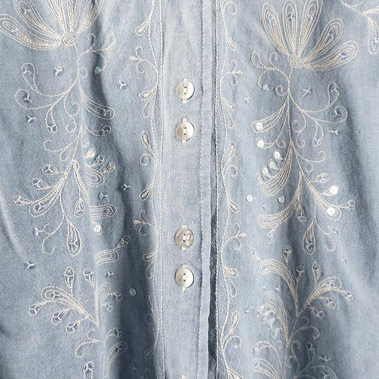 Blusa Light Denim Embroidery