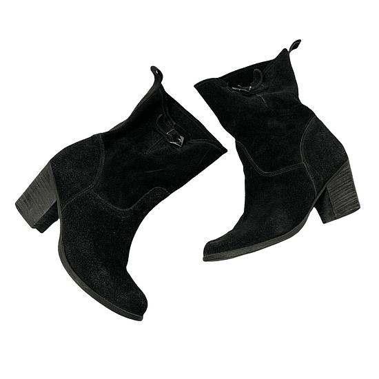 Suede Black Boots