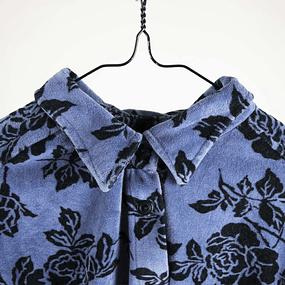 Blusa Rosas Velvet