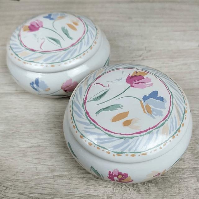 Par de Joyeros de porcelana (Japonéses).