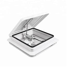 Claraboya 360x360cm con extractor y malla mosquitera tapa color blanca