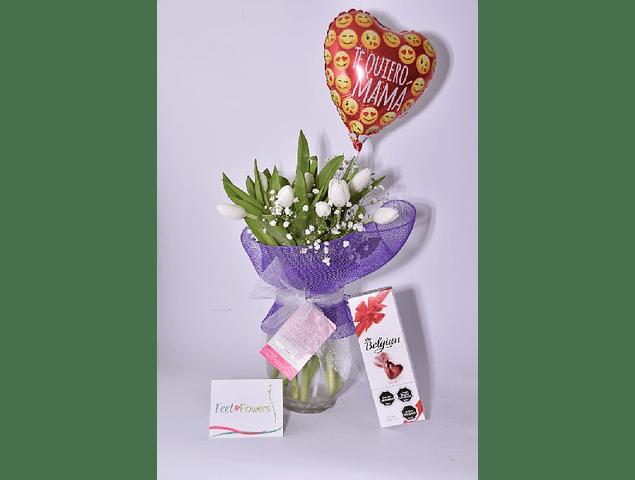 Florero 10 tulipanes con Globo Mamá y Chocolates
