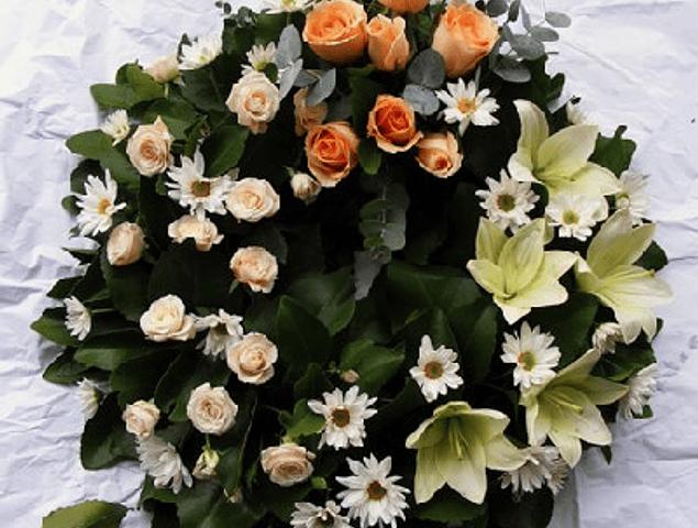 Corona de Rosas y Liliums