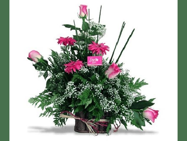 Arreglo Floral Rustico Rosas y Gerberas