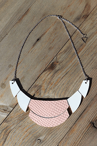 Shade - Statement Necklace