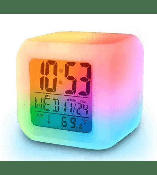 Reloj Despertador Cubo con Luz LED Colores Digital