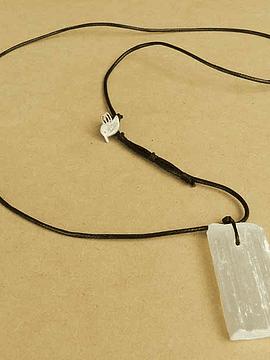 Collar Soy pura Luz - Selenita